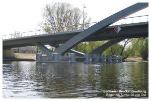 Sandauer-Bruecke-2012-4-Bogenfuss Achse 20 von Ost